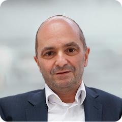 Portrait Norbert-Huebner-web